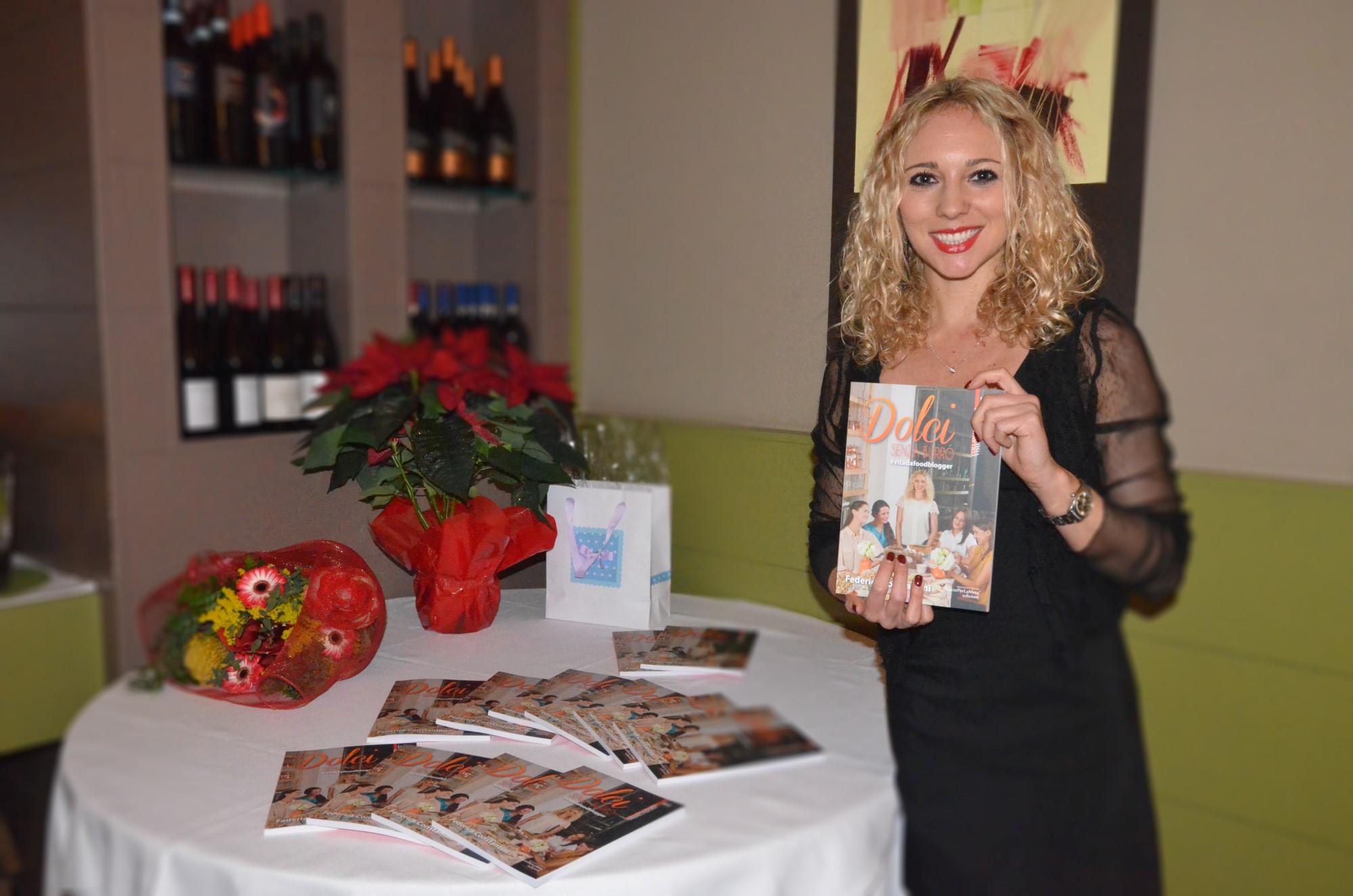 """""""Dolci Senza Burro"""" il nuovo libro di Federica Constantini presentato al Ristorante EVO L'Extra Vergine di Milano"""