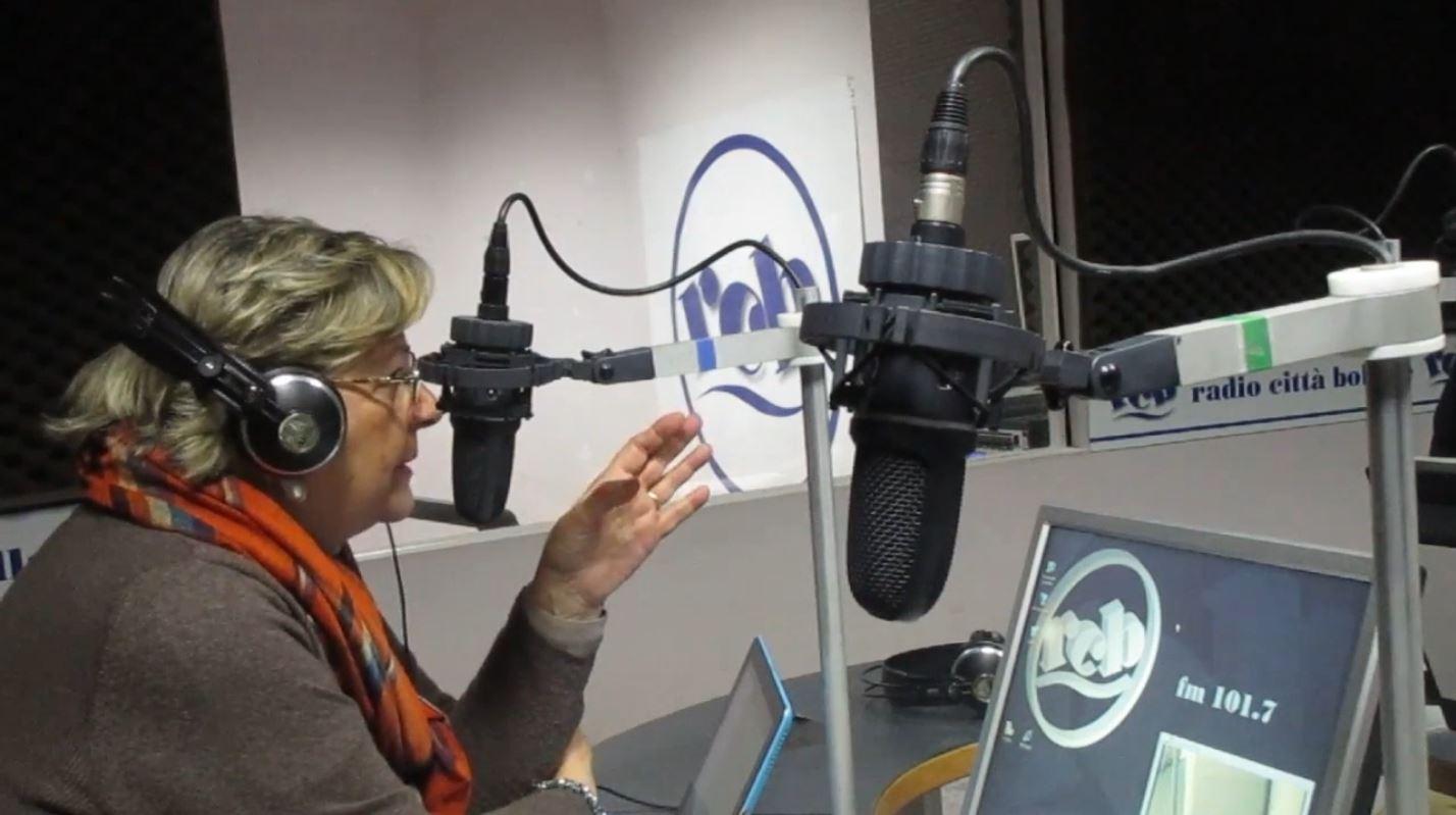 Radio Città Bollate FM 101.700, Carezze di parole con Quel grattacielo nel bosco di Fabio Clerici